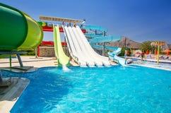 Lato widok dla Mikri Poli hotelu wody parka w Kolymbia Fotografia Stock