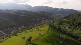 Lato widok z lotu ptaka Otrębiasta wioska zbiory wideo