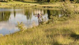 Lato wieczór komarnicy połów Zdjęcie Stock