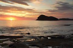 Lato wschodu słońca widoki przez lew wyspa, Australia Obrazy Stock