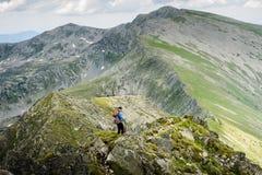 Lato wycieczkuje w górach Obraz Stock