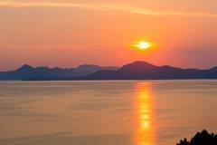 Lato zmierzchu linia brzegowa (Chorwacja) Zdjęcie Stock