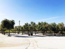LATRUN, 13 ISRAËL-MAART, 2018: Herdenkingsplaats en het Gepantserde Korpsenmuseum in Latrun, Israël stock foto