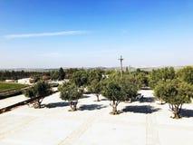 LATRUN, ISRAEL 13. MÄRZ 2018: Erinnerungsstandort und das gepanzerte Korps-Museum in Latrun, Israel Stockbild