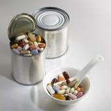 Latta della pillola Fotografia Stock