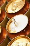 Latta di birra aperta Immagini Stock
