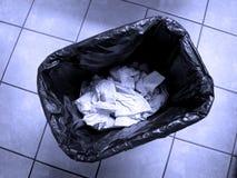 Latta di immondizia dei rifiuti Fotografie Stock Libere da Diritti