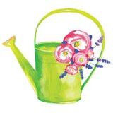 Latta di innaffiatura con i fiori Fotografie Stock Libere da Diritti