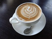 latte φλυτζάνι καφέ τέχνης Στοκ φωτογραφία με δικαίωμα ελεύθερης χρήσης
