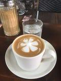 latte φλυτζάνι καφέ Στοκ Φωτογραφίες