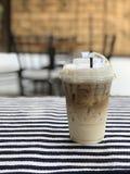 Latte льда на скатерти стоковое изображение