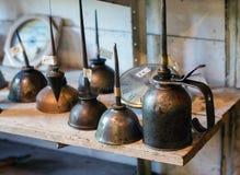 Latte antiche dell'olio del metallo Immagini Stock