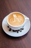 Latte Art Coffee lizenzfreie stockfotos