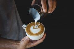 Latte Art Coffee immagini stock