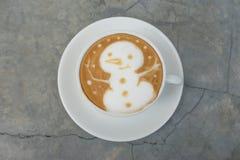 Latte Art Coffee del pupazzo di neve Immagine Stock Libera da Diritti