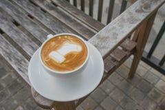 Latte Art Coffee Santa Sock Immagini Stock Libere da Diritti