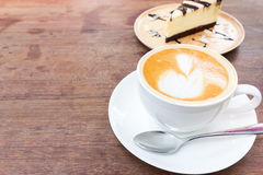 Latte  coffee and cake Royalty Free Stock Photos