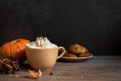 Latte d'épice de potiron Image stock