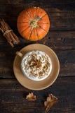 Latte d'épice de potiron Photos stock