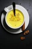 Latte d'or de lait ou de safran des indes Image libre de droits