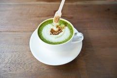 Latte de thé vert de Matcha photos stock