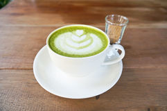 Latte del té verde de Matcha imagen de archivo