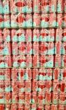 Latte della coca-cola in supermercato Fotografia Stock Libera da Diritti