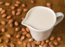 Latte della mandorla Immagini Stock