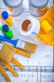Latte di legno del pennello del tester e del nastro di condotta Immagine Stock Libera da Diritti