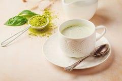 Latte di matcha del tè verde fotografie stock