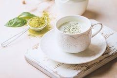 Latte di matcha del tè verde fotografia stock