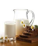 Latte e pane Fotografia Stock