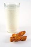 Latte e pasticceria Fotografia Stock