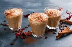 Latte ou café épicé de potiron Photos stock
