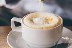 Latte quente do café com com o copo Foto de Stock