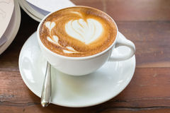 Latte sztuki serce Zdjęcie Stock