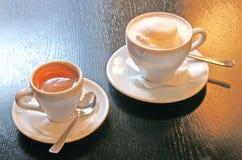 Latte und Kaffee ein La Wien Stockbilder
