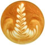 Lattekunstkaffee lokalisiert im weißen Hintergrund Stockfotos