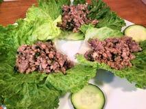 Lattuga tailandese Rolls della carne macinata di suino Fotografie Stock Libere da Diritti