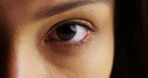 Latynoscy kobiet oczy fotografia stock