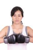 Latynoska agresywna kobieta z bokserskimi rękawiczkami Obraz Royalty Free