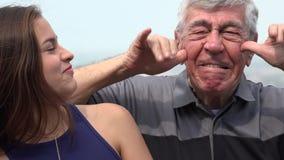 Latynoskie dziadu i wnuczki śmieszne twarze zbiory wideo