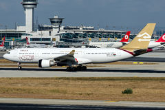 5A-LAU Libyan Airlines, Airbus A330-200 Royalty Free Stock Photography