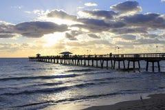 Lauderdale por la pesca de la mañana del mar Fotos de archivo libres de regalías
