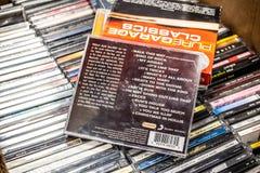 Lauf-DMC CD-Album Weg auf diese Weise, das Beste auf der Anzeige f?r Verkauf, ber?hmte amerikanische Hip-Hop-Gruppe lizenzfreie stockbilder
