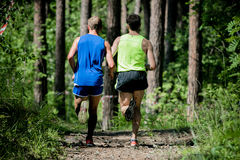 Lauf mit zwei Männern Lizenzfreie Stockbilder