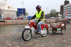 Lauf von Mopeds auf Straßen von Helsinki, kann 16 2014 Stockbild