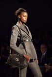Laufbahn-Fall 2011 NYC Nicole-Miller Lizenzfreie Stockbilder