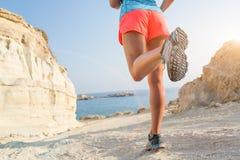 Laufen auf Küstenweg Stockbilder