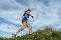 Laufen in den Bergen Stockbilder